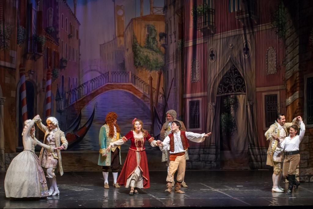 Труффальдино из Бергамо Петербургская оперетта Сергея Шалагина (29)