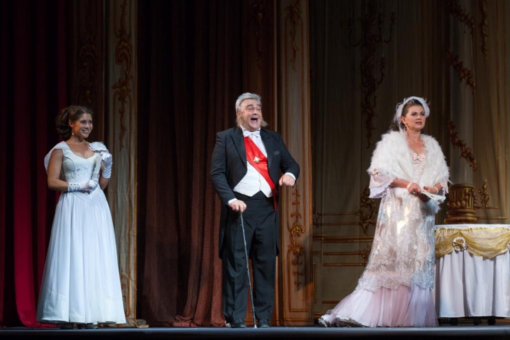 Веселая вдова Петербургская оперетта Сергея Шалагина (6)