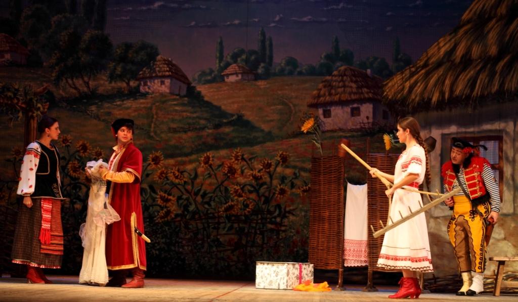 Свадьба в Малиновке Петербургская оперетта Сергея Шалагина (18)