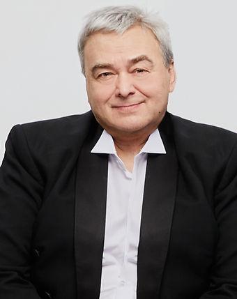 Столяров Валерий актер певец тенор