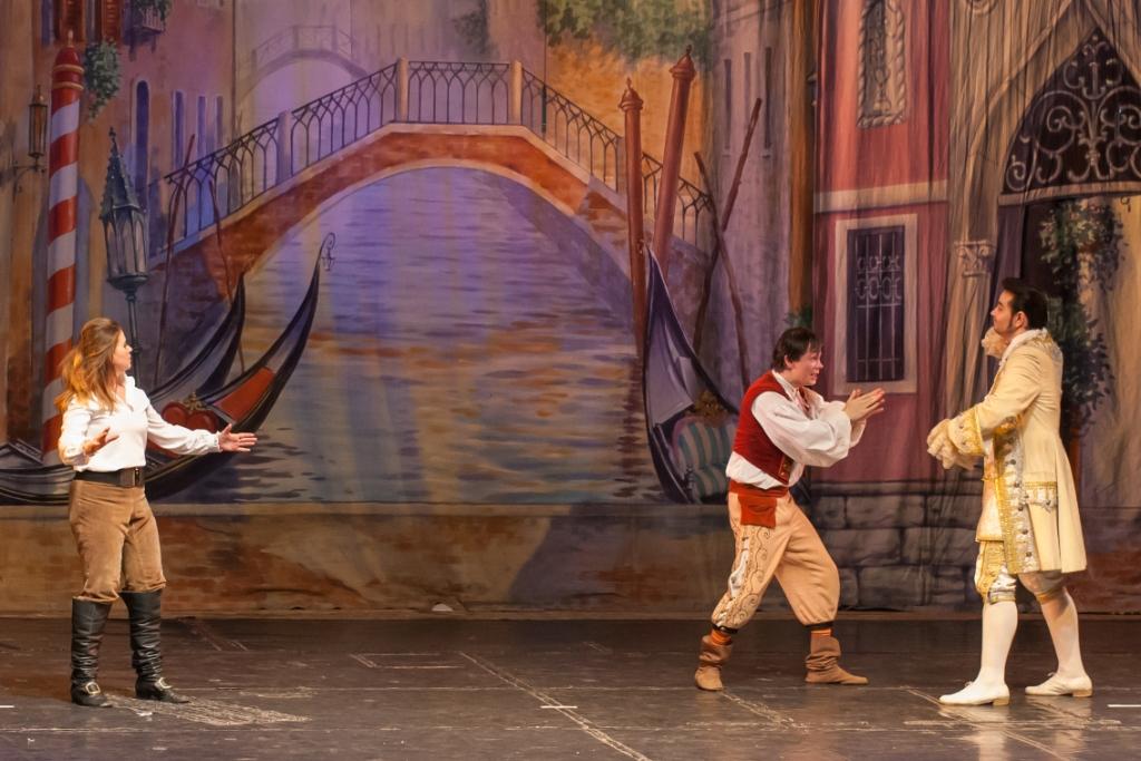 Труффальдино из Бергамо Петербургская оперетта Сергея Шалагина (27)