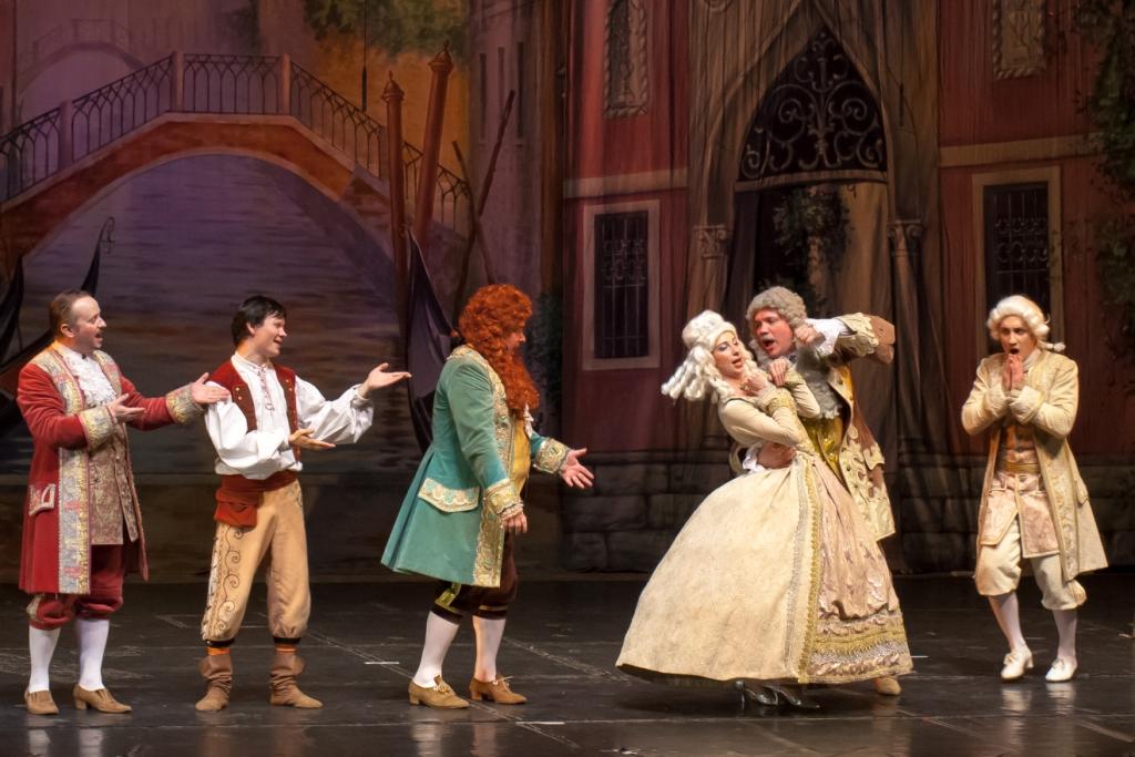 Труффальдино из Бергамо Петербургская оперетта Сергея Шалагина (18)