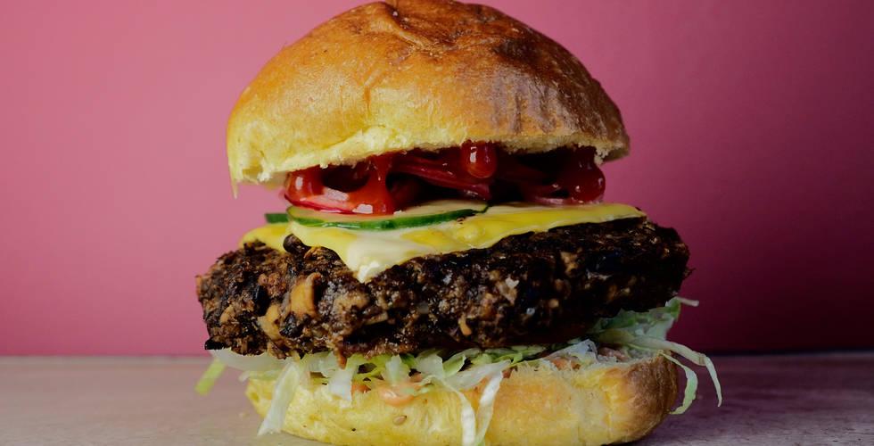 veg-burger-web-opt.jpg
