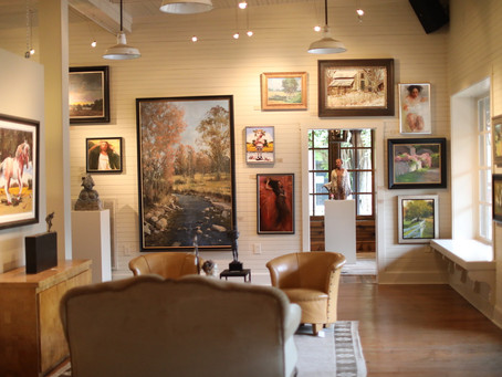 "Lisa Fox's ""Leiper's Creek Gallery"" Celebrates 20 Years of Fine Art and Ultra-fine Hospitality"