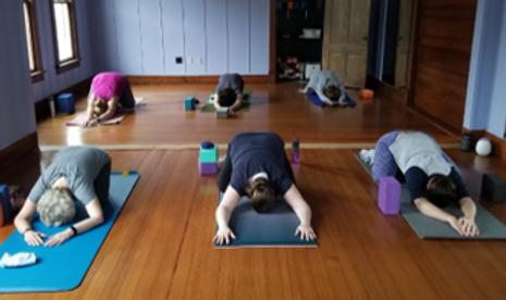 Yoga & Pilates Studio.png