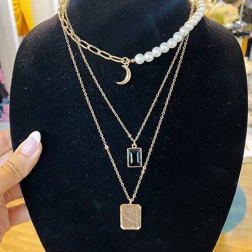 Moon layered necklace