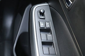 Power windows in Maruti Swift;pic credits:https://hindi.cartoq.com/
