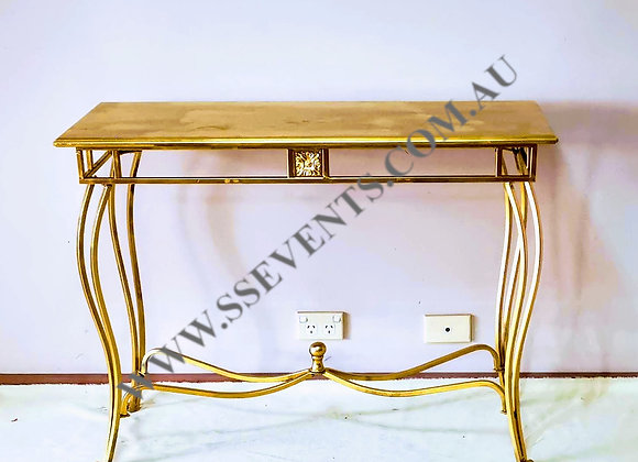 Gold Cake Table