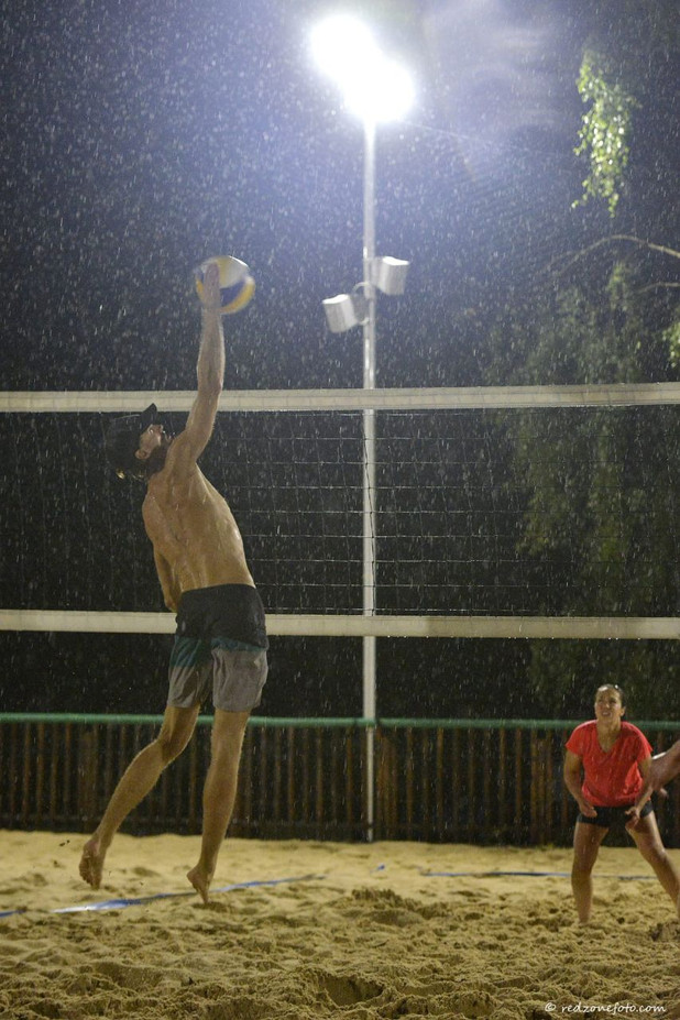 Nuit du beach volley genevoise