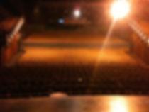 מונולוג, מונולוגים, אודישן, אודישנים, בית ספר למשחק, בית צבי, ניסן נתיב, יורם לוינשטיין, סמינר הקיבוצים, מורה למשחק, ציפורלה, הכנה לאודישן, קולנוע, תאטרון, במה, הצגה, אימפרו, ניצבים, חוג משחק, סטודיו למשחק, אומנויות הבמה, שחקן, שחקנית, שחקנים, דמות, בעל פה