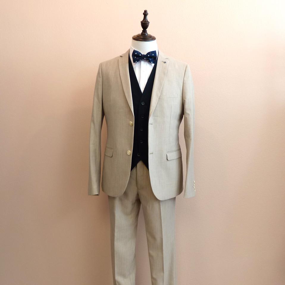 ST001_beige suit_JK02-with-navy-vest