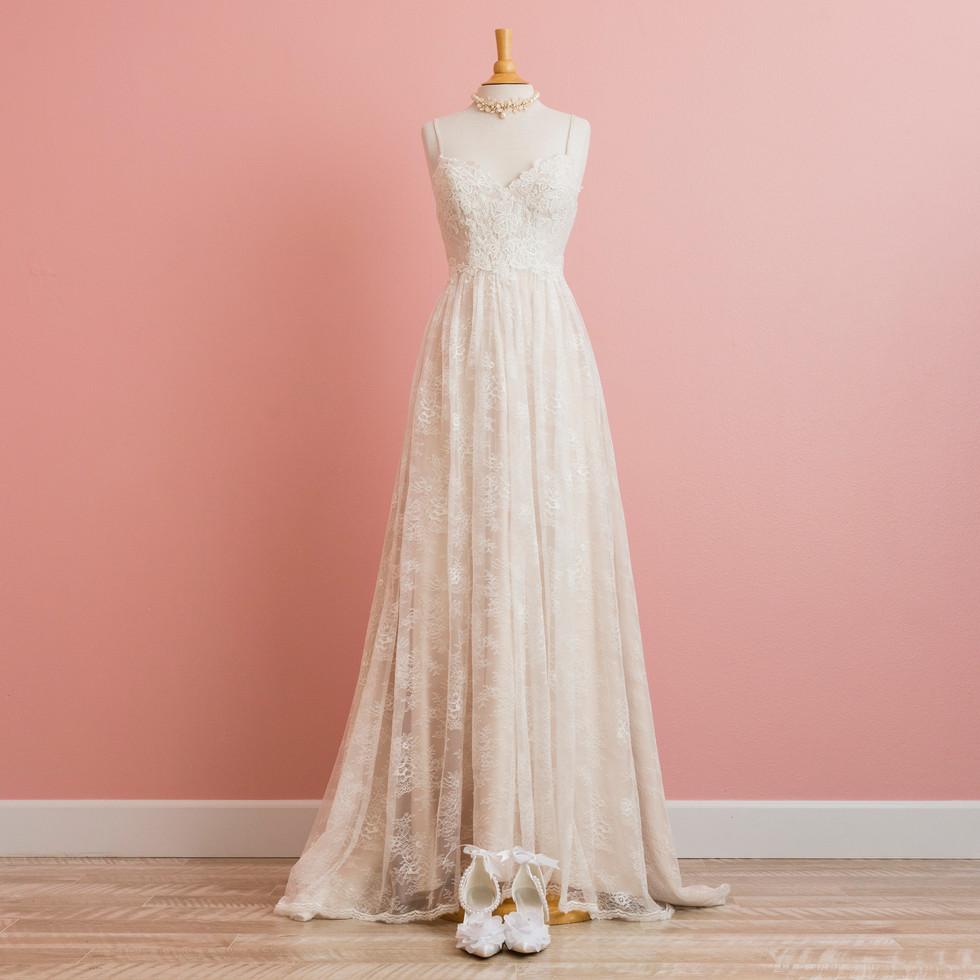 WD0720 Lacy white dress