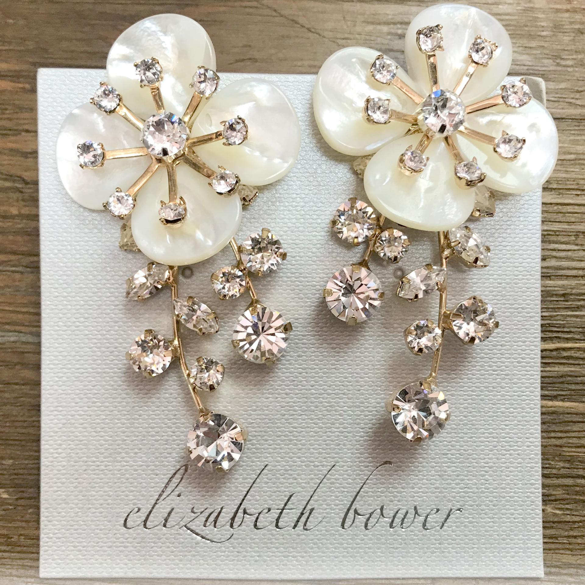 flower-earring gold
