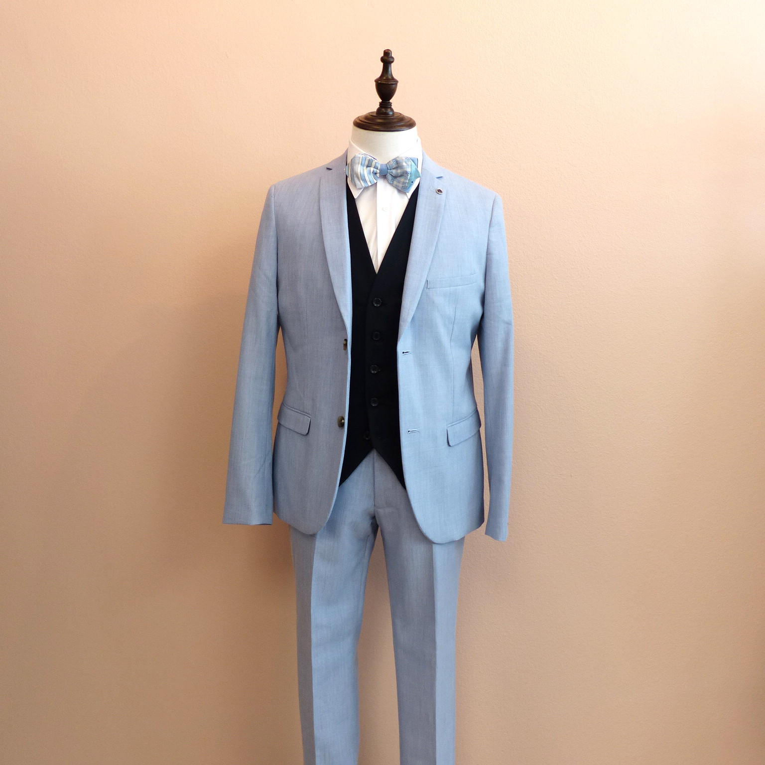 ST001_blue suit
