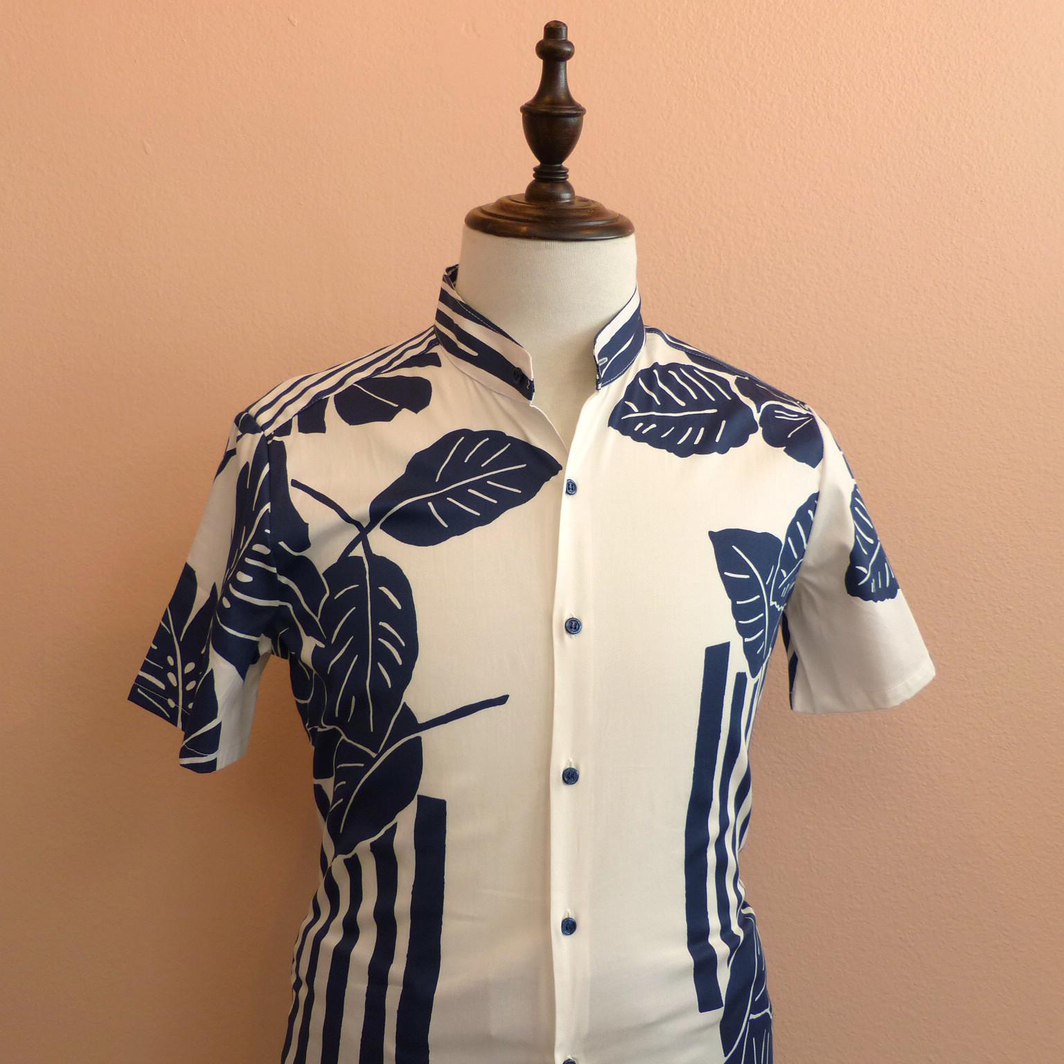 SRT005_Leafy print shirt