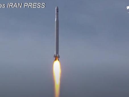 L'Iran lance son premier satellite militaire