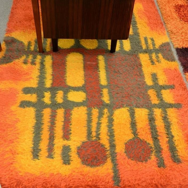 Danish ModernThrow Rug 4'x 6' $400.