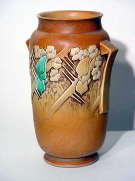 Dogwood Roseville Vase