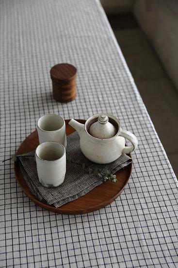 【内田 可織】粉引き・マット釉/筒湯呑み