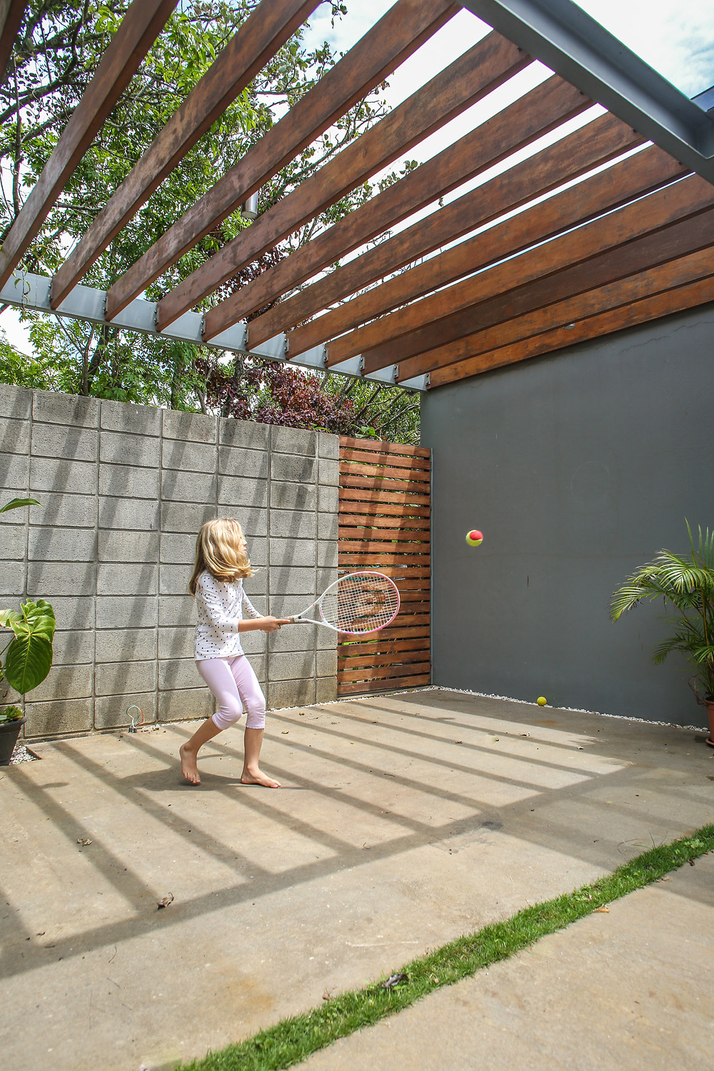 Home tennis wall designed by Inverse Project