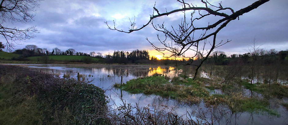 mythical 'lake-bursts' of ireland
