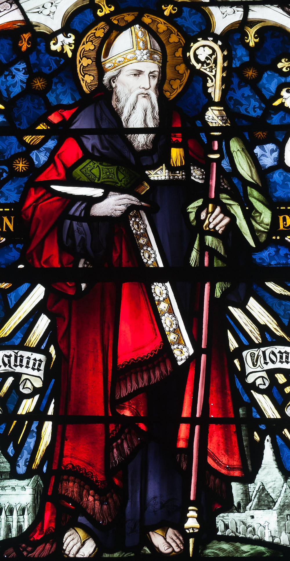 Stained glass window, St Brendan's Church, Birr, depicting St. Ciaran,By Andreas F. Borchert, CC BY-SA 4.0, https://commons.wikimedia.org/w/index.php?curid=15196921