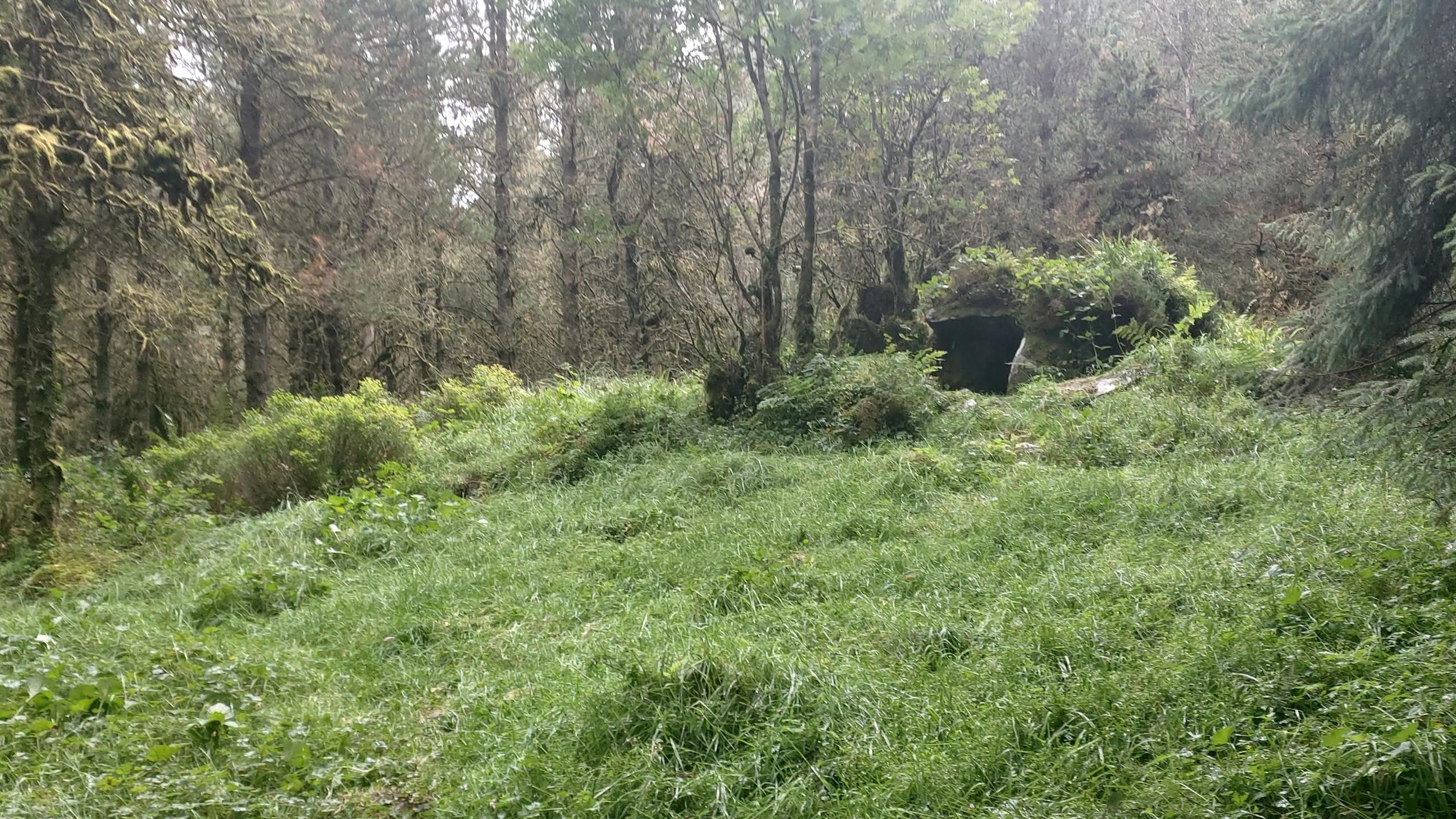 Cairn Dolmen