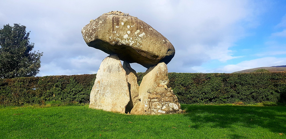 Proleek Dolmen, that capstone is estimated to weigh 40 tonnes.