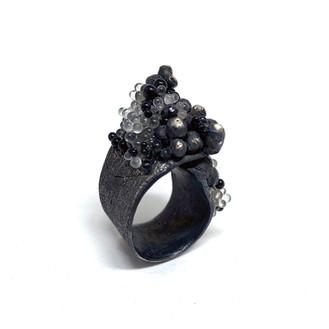 Angustia Ring