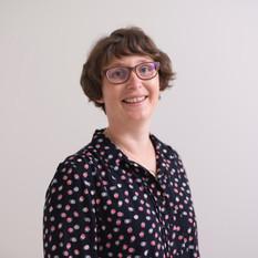 Dr. Claudia Hillebrand
