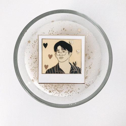 love love love // enamel pin