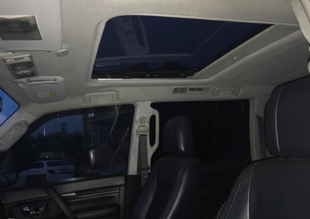 Mitsubishi Pajero 3.8