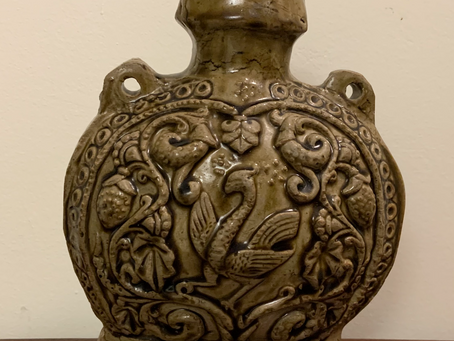 Rare 1500 Year-Old Chinese Pilgrim Flask Resurfaces in Toronto