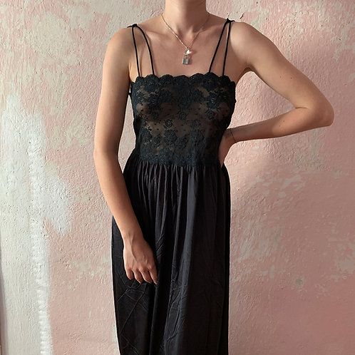 Retro black nightdress