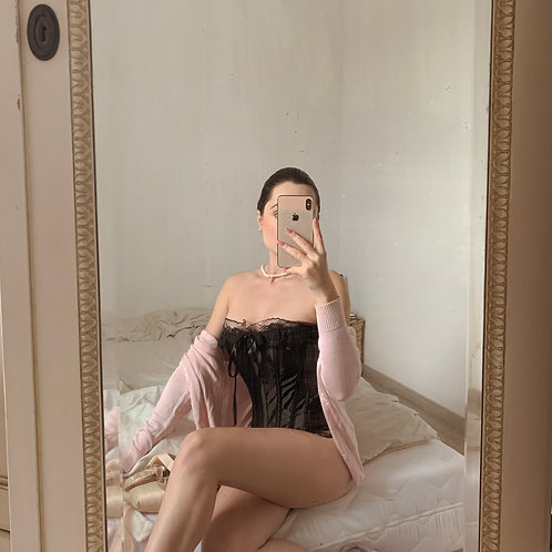 Black satin corset L