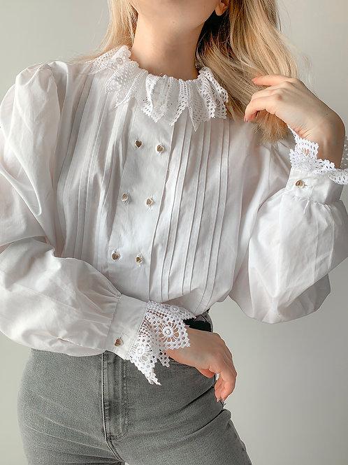 Vintage white I