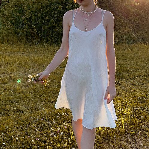 Jedwabna sukienka