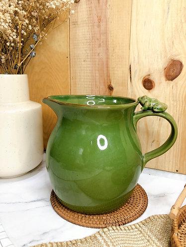 Green x frog big jug