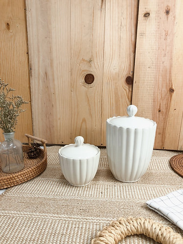Scallop x white | jar with lid ( 2 sizes)
