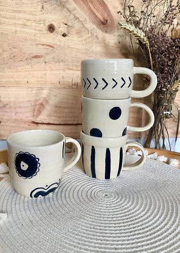 Colbat blue x white prints cup (4 designs)