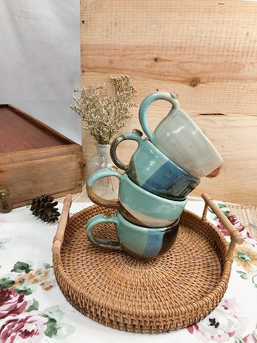 170ml-179ml | Overlapping glaze x cup with bean ( 3 designs)
