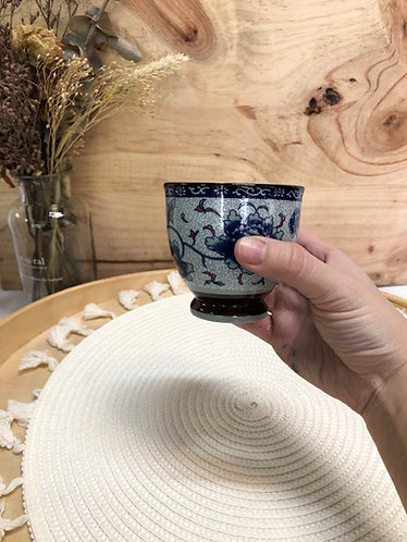 Peony teacup with foot