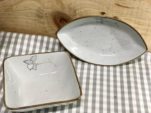 Leaf & square dish set