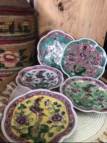 Peranakan floral plate (5 colours)
