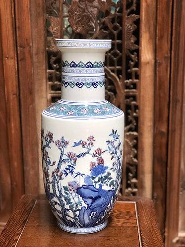 Blue & white flowers blossom vase