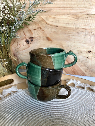 Green / brown cappuccino cup with handle (3 styles)