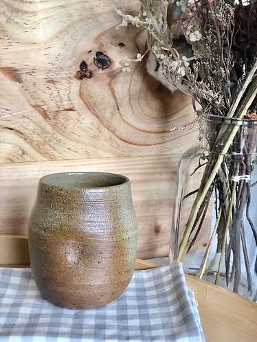 Dragon kiln fired x thumb press cup