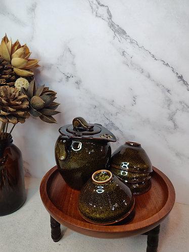 Glossy Teapot Set