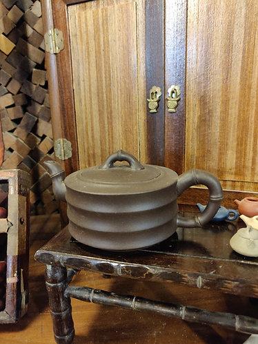 Brown Bamboo Details Teapot