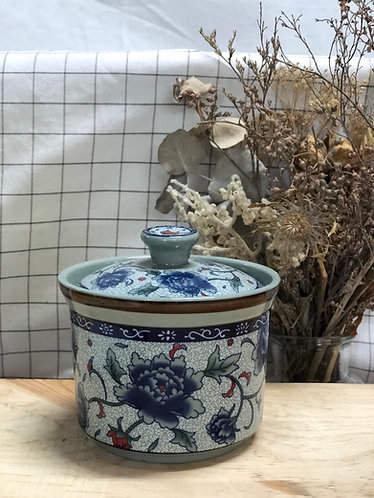 Peony container with lid